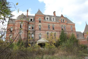 Hudson River State Hospital, Route 9, Poughkeepsie, NY Just sold to an anonymous buyer. So see it while you still can.  Photo: http://obsoleteman.blogspot.com/2012/11/hudson-river-state-hospital.html